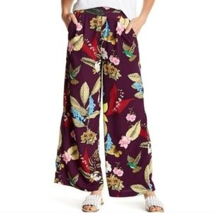 ROMEO&JULIET Wide Leg Floral Pants